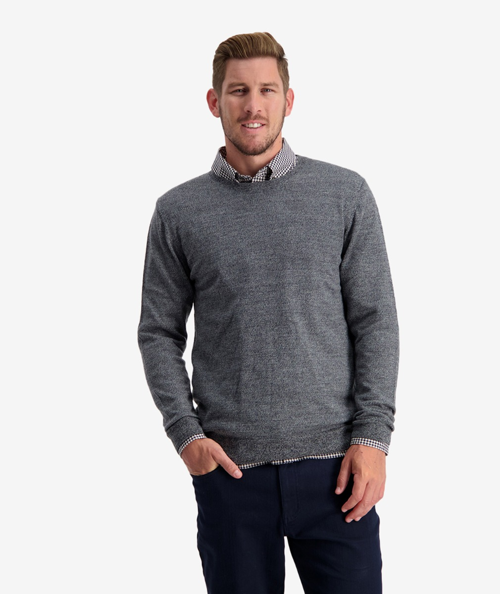 Swanndri Men's Belt Road Merino Crew Neck Jumper in Charcoal