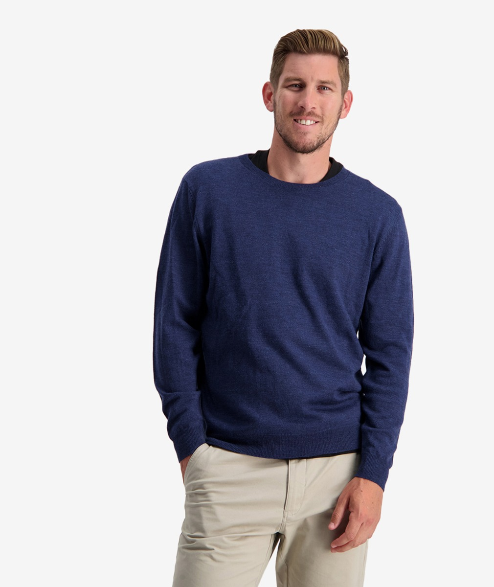Swanndri Men's Belt Road Merino Crew Neck Jumper in Marine.